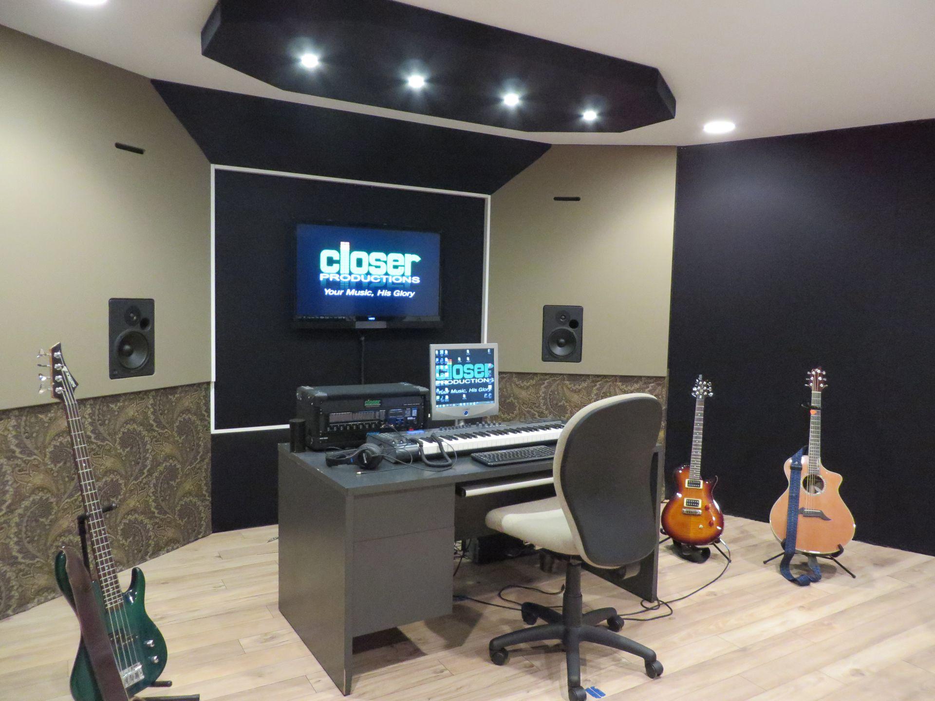 Studio-View